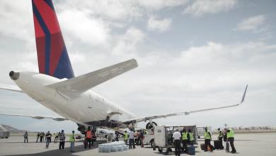 Photo of Delta Airlines Operates Relief Flight to Sint Maarten, Non-stop Service Resumes October 12 (VIDEO)
